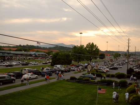 Parkway in Pigeon Forge After Dolly Parade